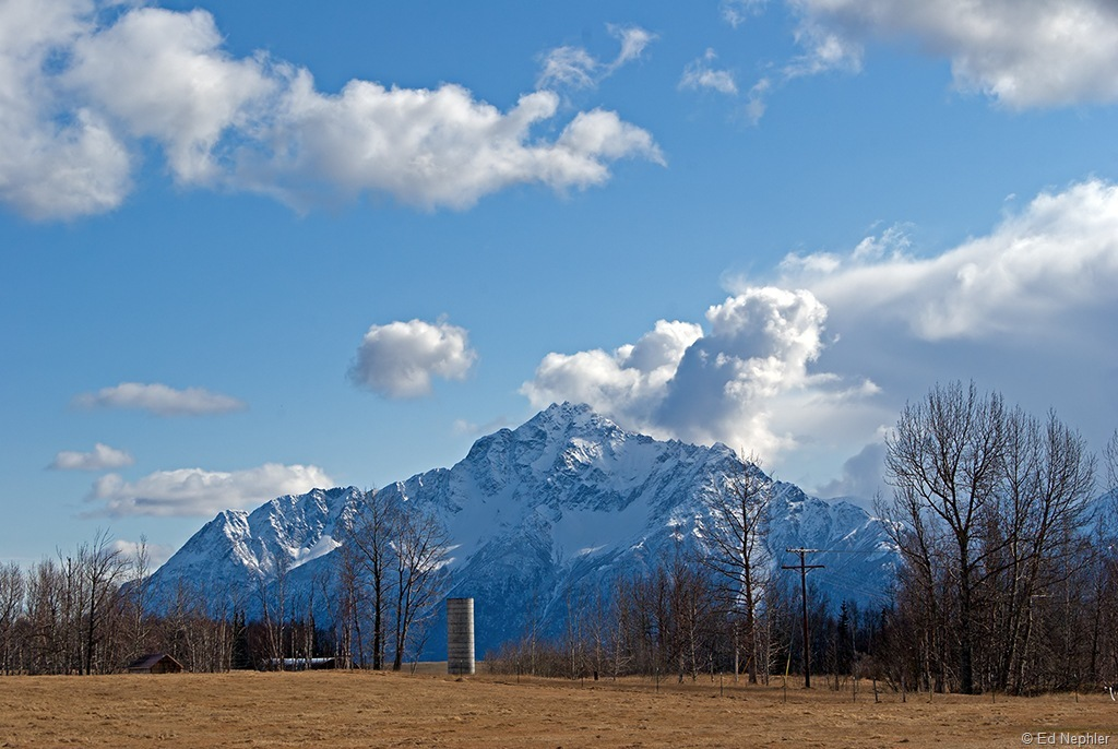 Pioneer Peak 040911.02.1024