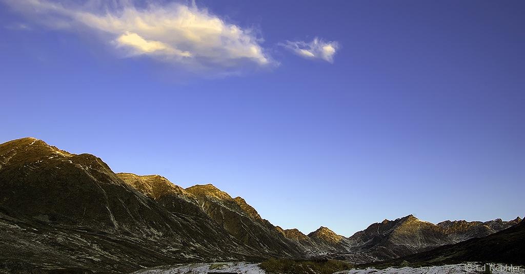 Fishhook Valley at Sunrise 103109.02.1024