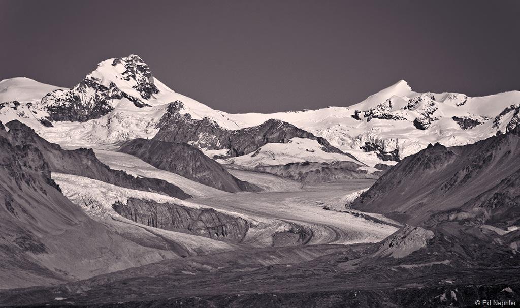 Gulkana Glacier BW 091510.01.1024