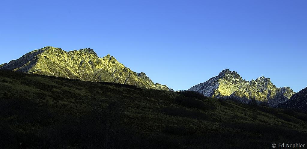 Hatcher Pass Sunrise 103109.03.1024